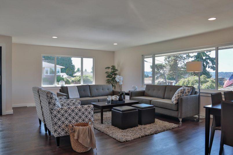 1110 N 36th St Renton WA 98056-large-005-20-Living Room-1500x1000-72dpi